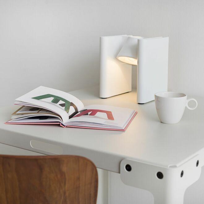 Mr. Ed tafellamp / boekensteun Functionals wit - VERHUIS SALE