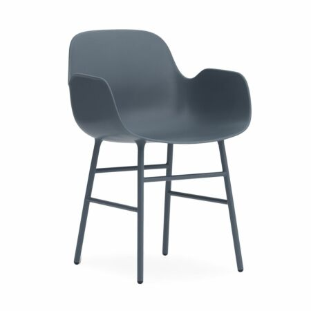 Form Armchair stoel Normann Copenhagen blauw