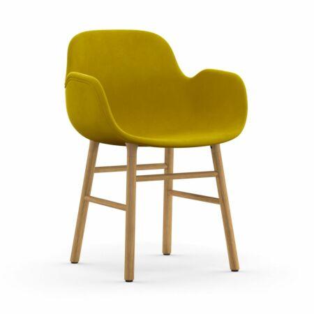 Form Armchair stoel Normann Copenhagen eiken - velvet mosterd
