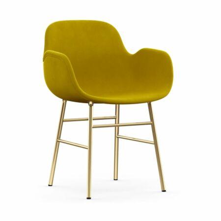 Form Armchair stoel Normann Copenhagen messing - velvet mosterd
