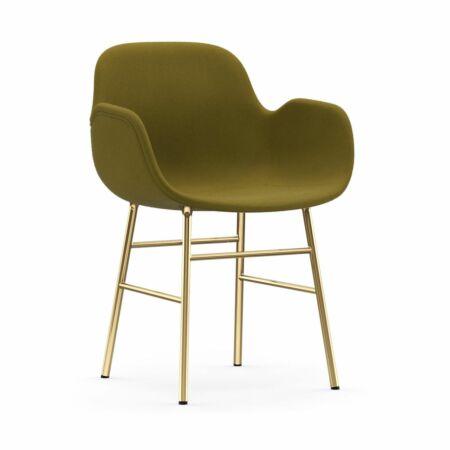 Form Armchair stoel Normann Copenhagen messing - stof groen