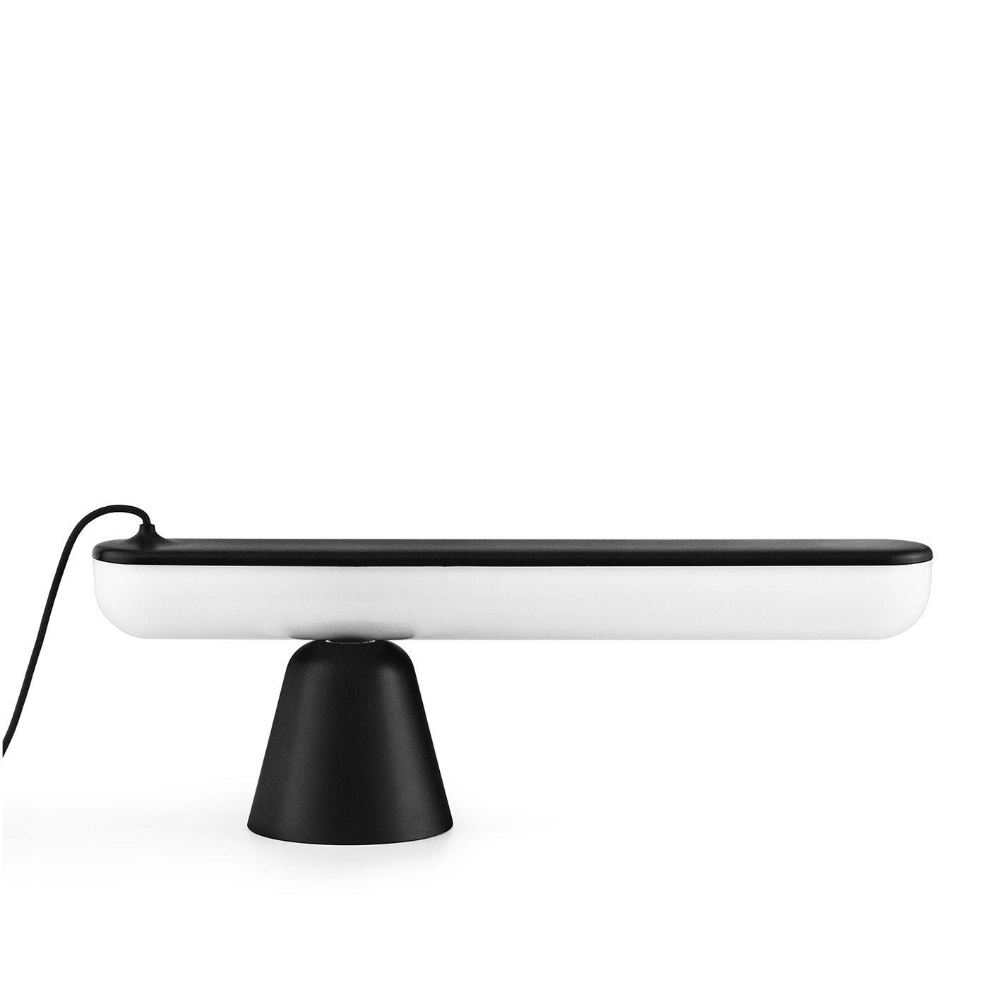 Acrobat tafellamp Normann Copenhagen zwart