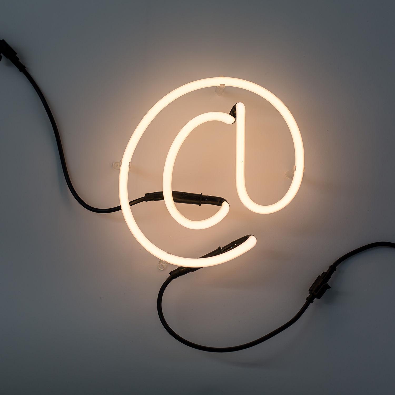 Neon Art letter Seletti @