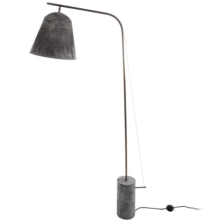 Line Two vloerlamp Norr11 geoxideerd